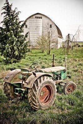 tractor_barn