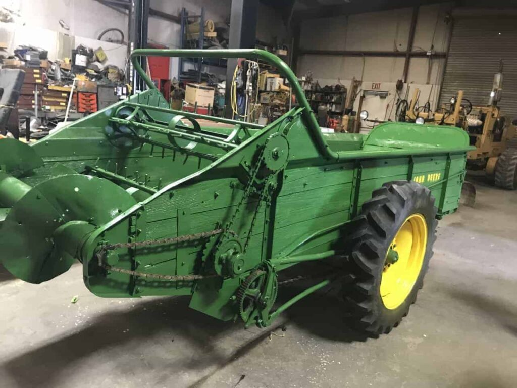 Br. 106 Manure Spreader from the 1940's restored by Walt Curtis 2017